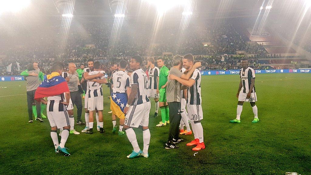 El tricolor nacional se hizo presente en la conquista de la copa / Foto @juventusfc