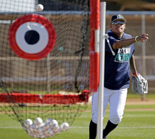 Miguel Cabrera siempre bromeando /Foto AP