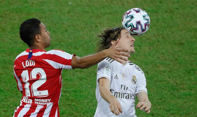 Modric fue una de las figuras en el centro del campo blanco/ Foto AP
