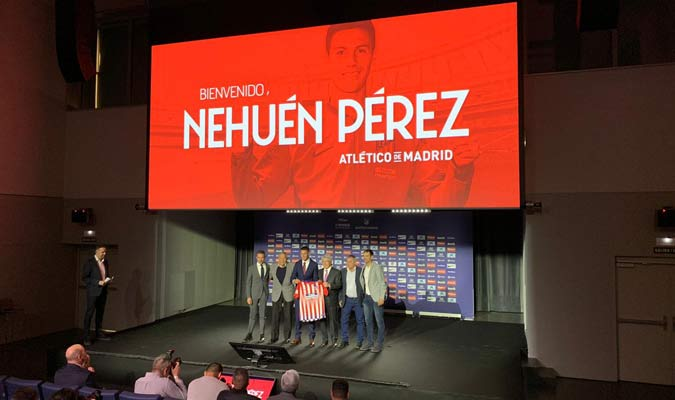 La presentación fue en el Wanda Metropolitano || Foto: @Atleti