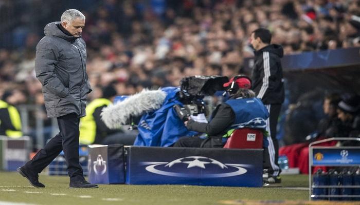 Mourinho desconcertado | Foto: AP