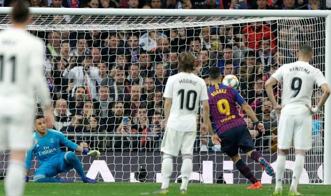 Suárez marcó el tercero, su segundo personal, a lo