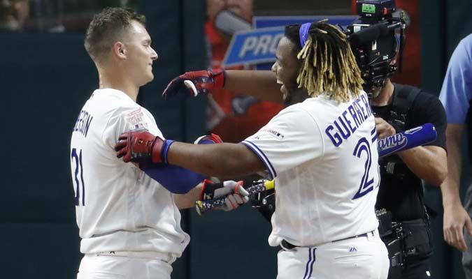 Ambos toleteros demostraron respeto / Foto: AP