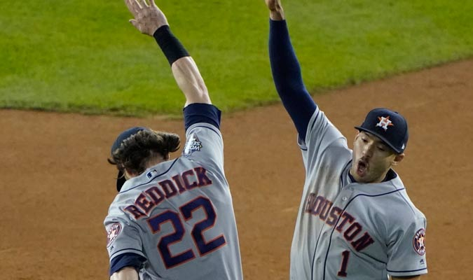 Reddick y Correa emocionados por el triunfo/ Foto AP