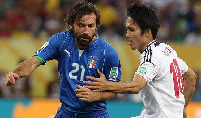 El centrocampista italiano Andrea Pirlo sufre una contractura muscular / Foto EFE