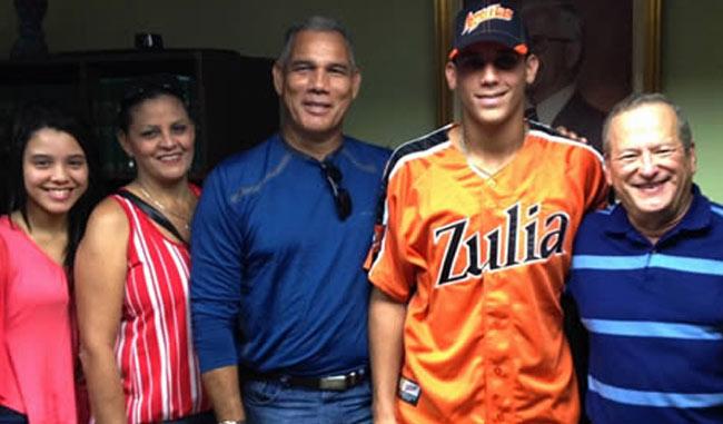 Águilas se hace de otra promesa de la receptoría | Béisbol Venezolano