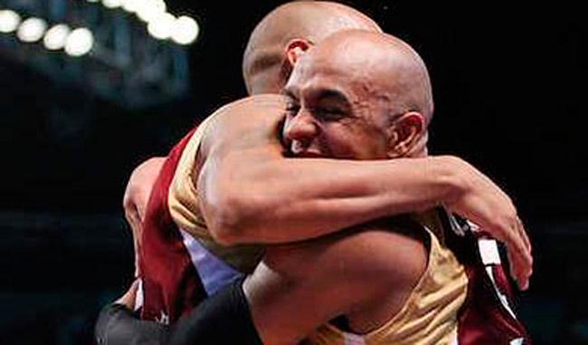 Los hermanos Vargas se abrazaron al finalizar la justa/Cortesía