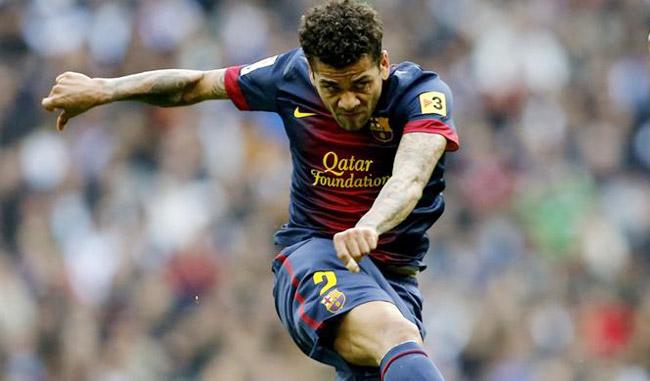 El jugador brasileño del Barcelona Dani Alves